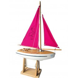 Voilier naviguant voiles roses - Maquettes Tirot
