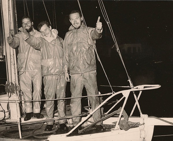 Robin knox-johnston tour du monde solitaire