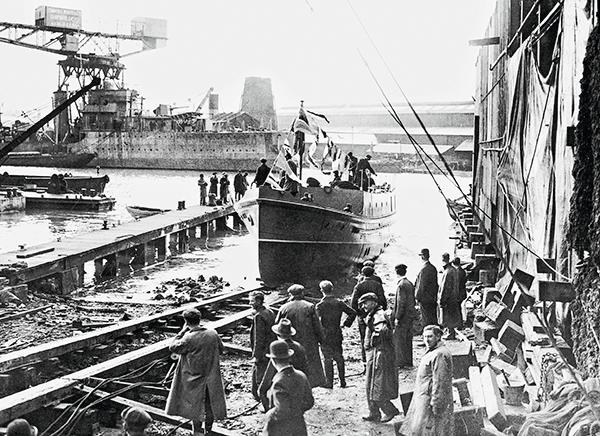 bateau tamise, bateau pompe tamise, histoire bateau tamise