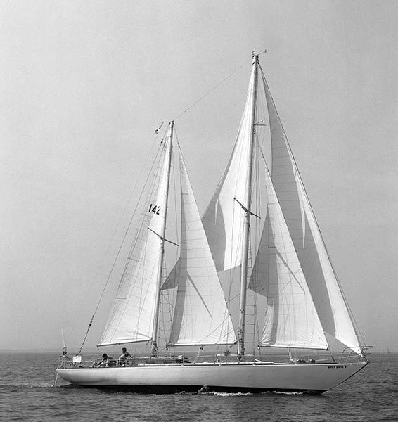 Francis Chichester, Gipsy Moth iv, bateau Gipsy Moth iv, portrait Franci Chichester