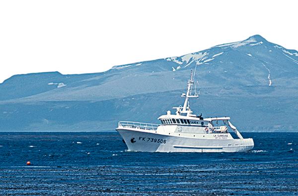 Pierre Mouscardès, Pierre Mouscardès hydrographe, cartes marines,