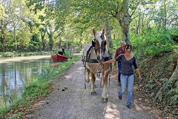 Robert Mornet, Barque de poste, canal du Midi