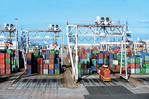 Vue d'un terminal à conteneurs