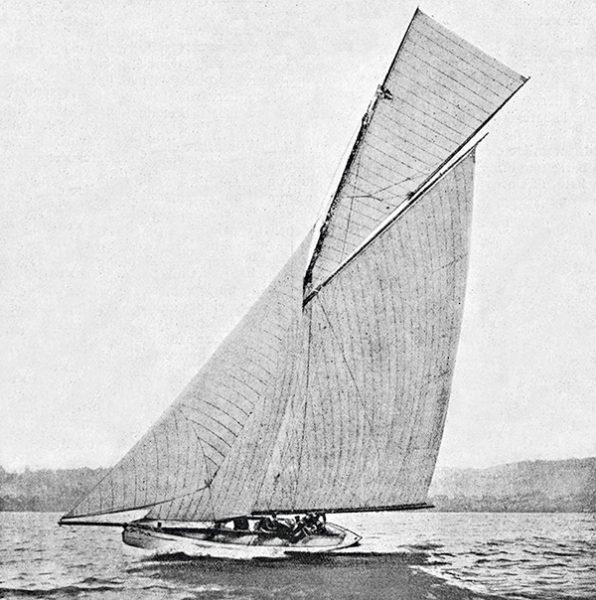 Bateau à voile 1900