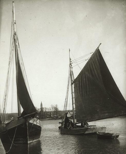 Deux bateaux dans le port de Lampaul-Plouarzel