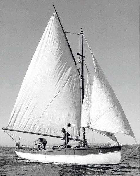 voilier à la manœuvre