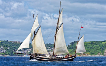 Grayhound Lugger, transport à la voile, Voilier traditionnel Douarnenez