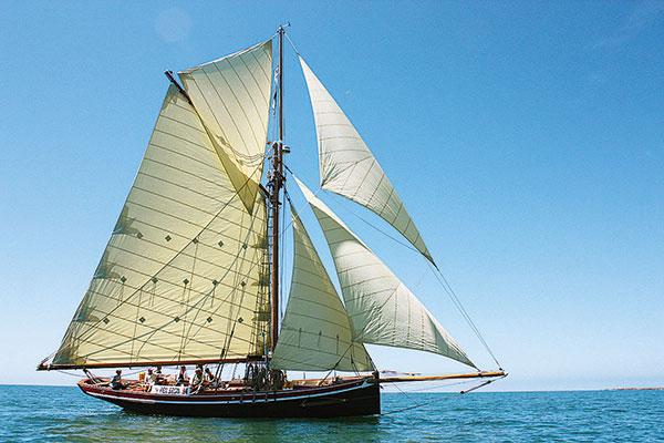 Bateau à voile en navigation