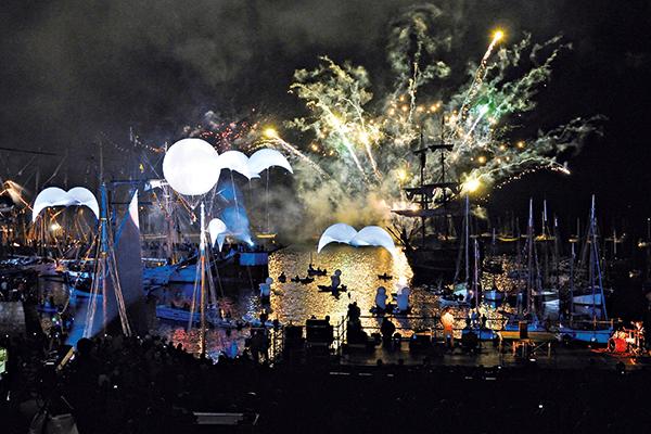 feu d'artifice port Douarnenez