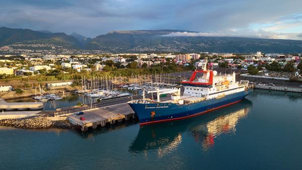 Marion Dufresne Port Réunion