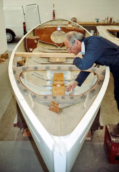 Charpentier de marine et régatier distingué, Nick Truman a aussi été un des artisans de la conversion de la classe aux composites.
