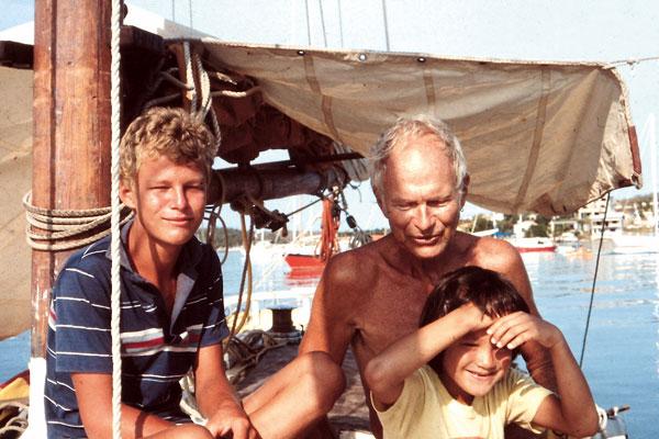 à bord de L'Artemis, Thomas, Peter et Carmen Tangvald.