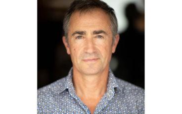 Frédéric Brunnquell, né en 1963, est réalisateur de films.