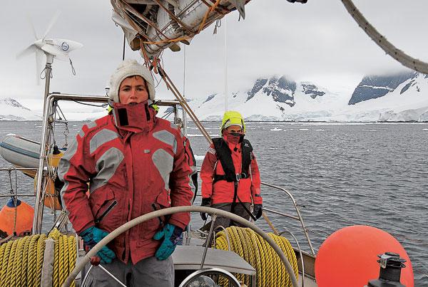 Après son brevet de capitaine 200, obtenu en 2007, Géraldine enchaîne les embarquements.